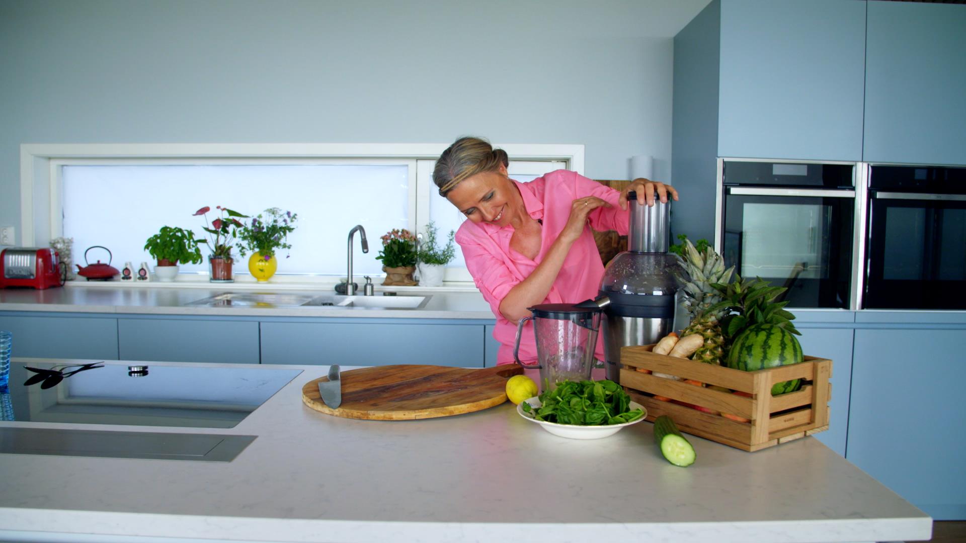 Margit Vea - ENERGIDRIKK - gøy med energidrikk